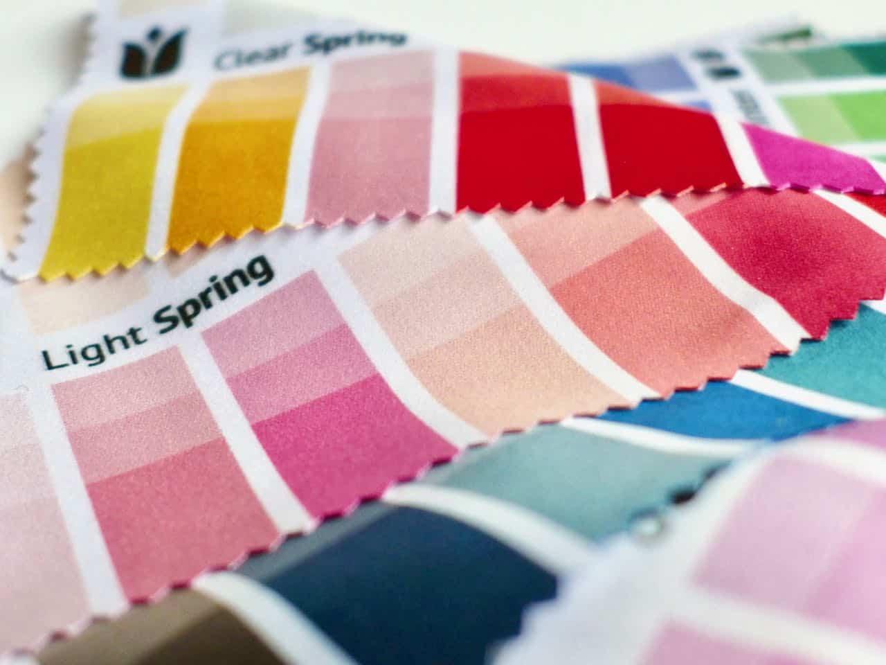 Stoff-Farbpass Nahsicht 3