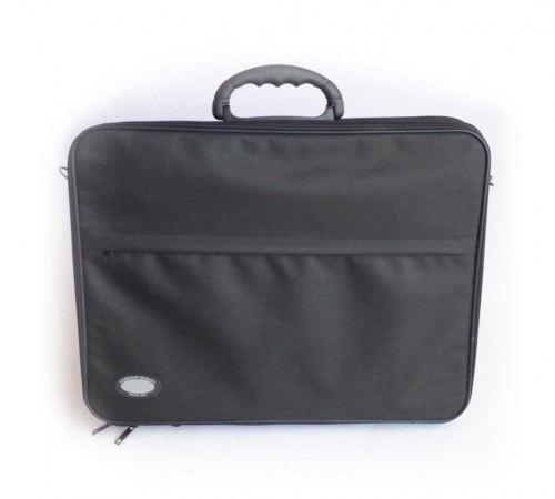 Koffer für Farbberatung und Stilberatung geschlossen